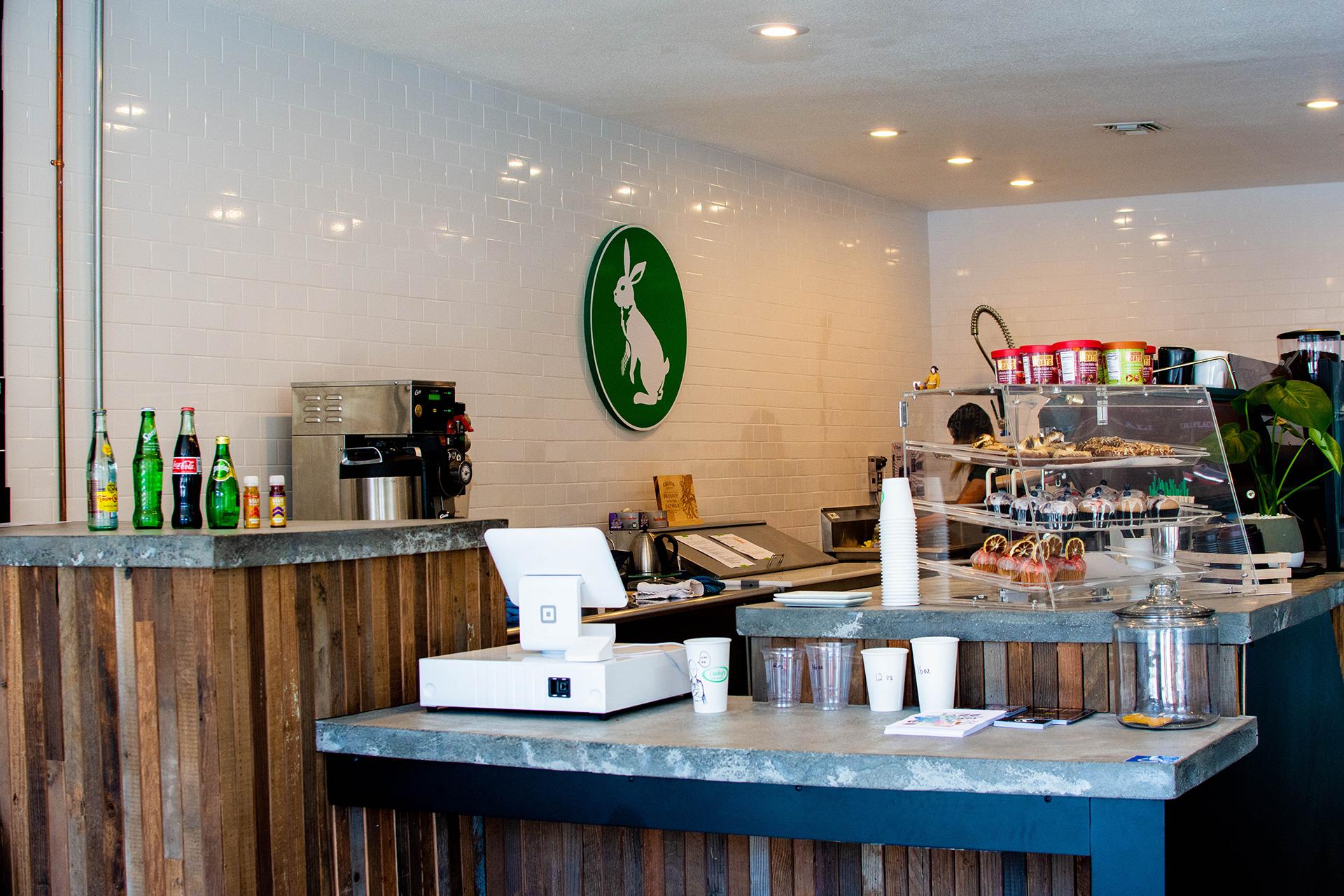 luckys coffee upland california